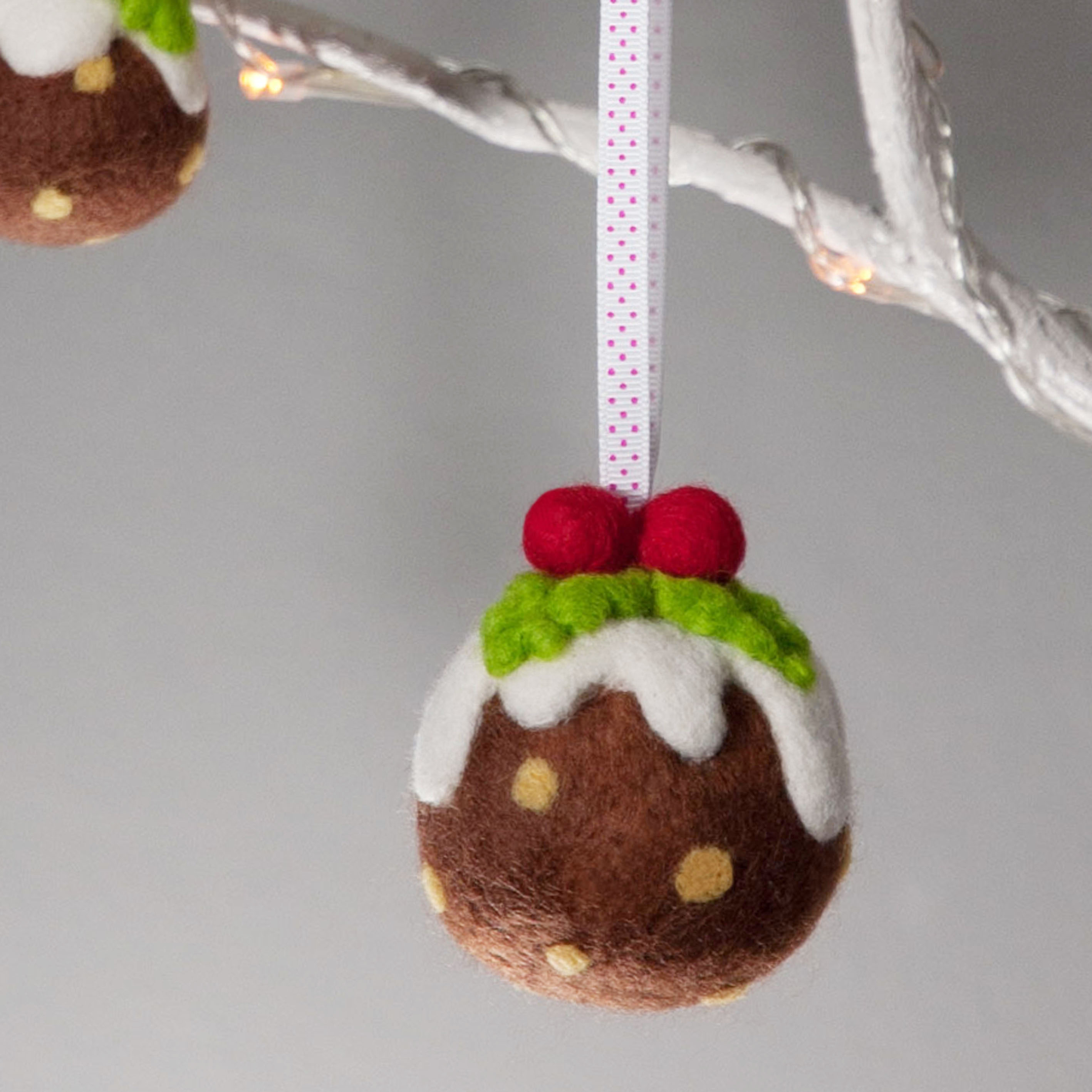Diy Christmas Decorations 30 Adorable Diy Christmas Ornaments