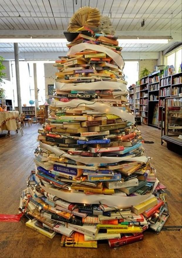 unique and unconventional christmas tree34 - Unique Christmas Trees