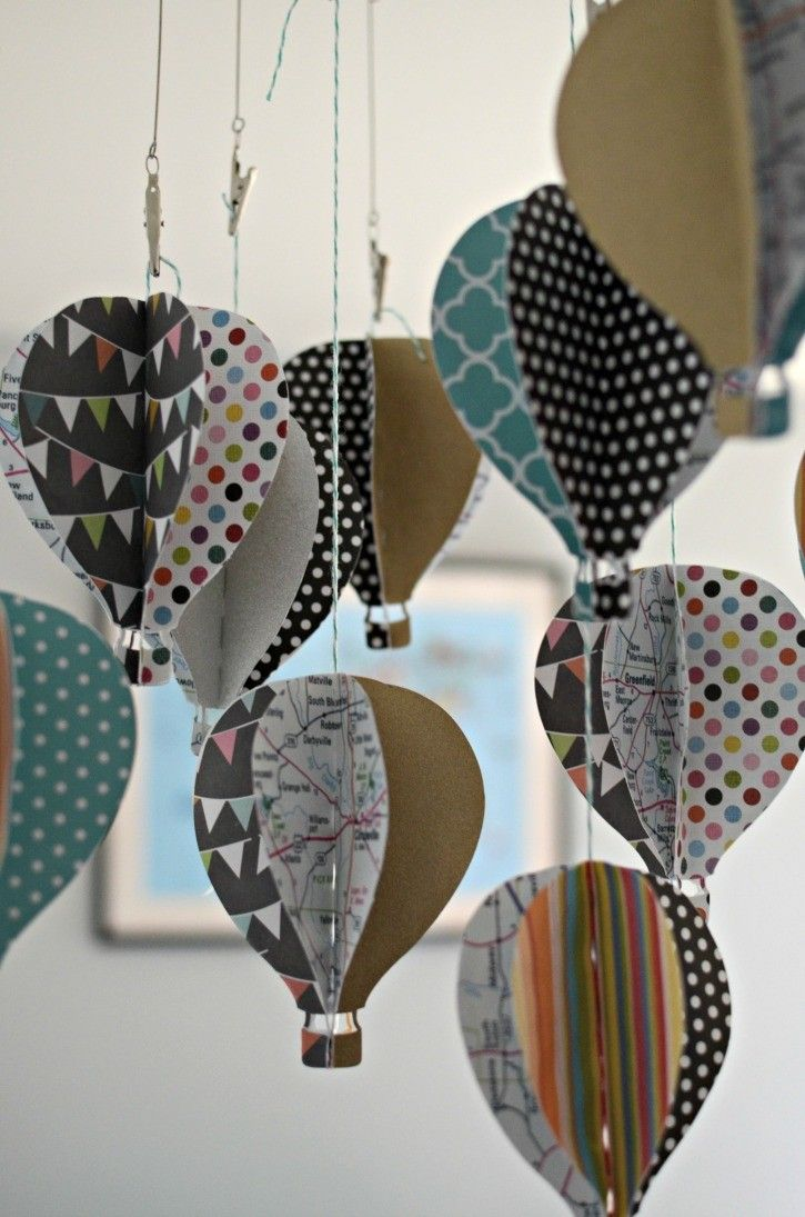 40 best diy paper wall decor ideas for Paper decorations diy