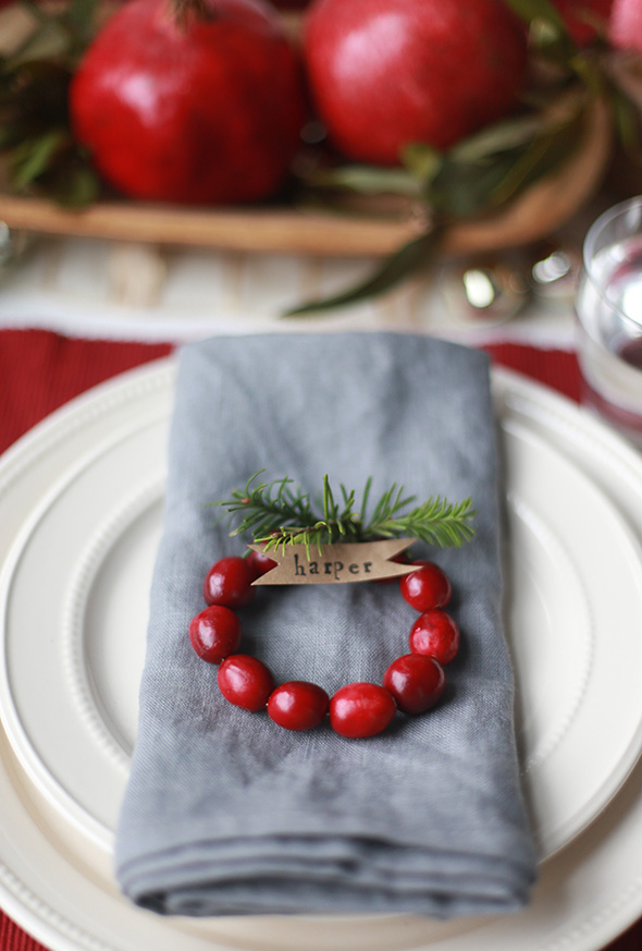 Christmas Table Decorating29