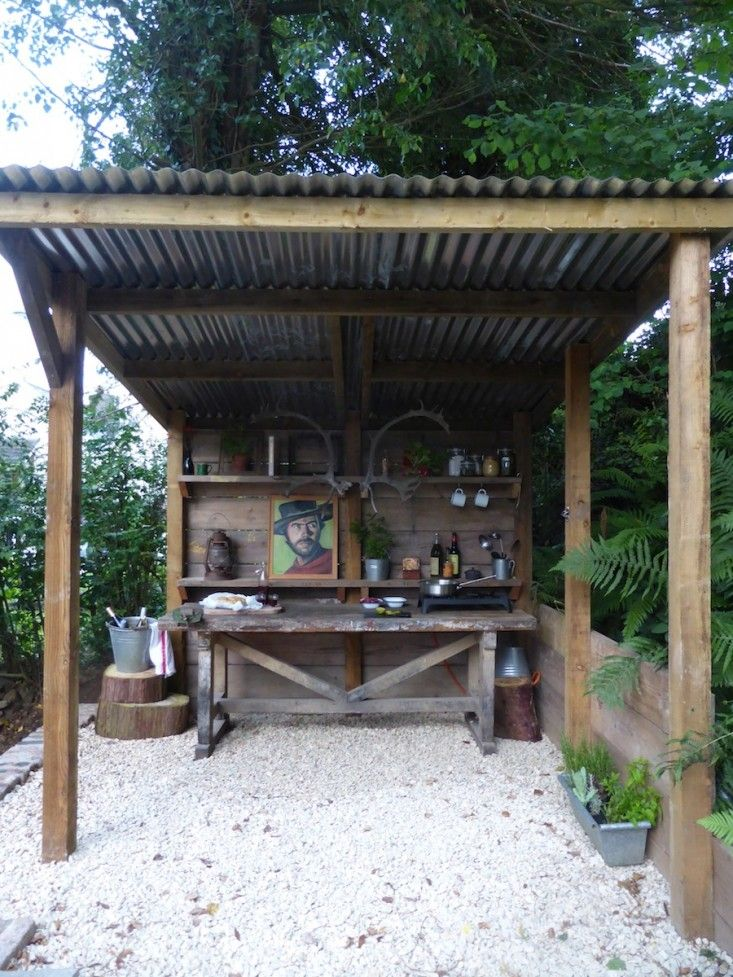 Rustic Outdoor Kitchen Bars · Pretty Inspiration