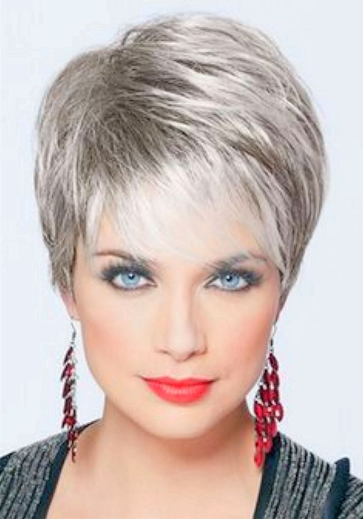 Gorgeous hairstyles for short hair 29