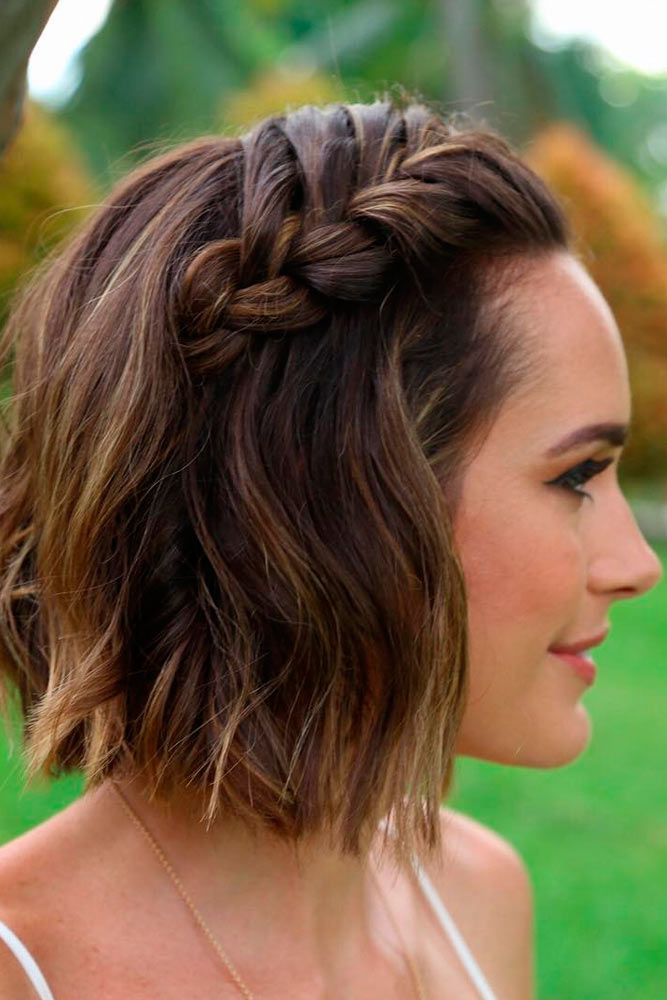Gorgeous hairstyles for short hair 55