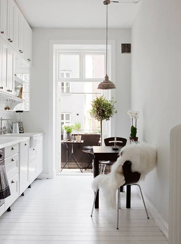 All White Kitchen Scandinavian