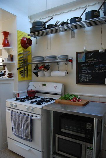 Apartment Storage Solutions for Small Kitchens