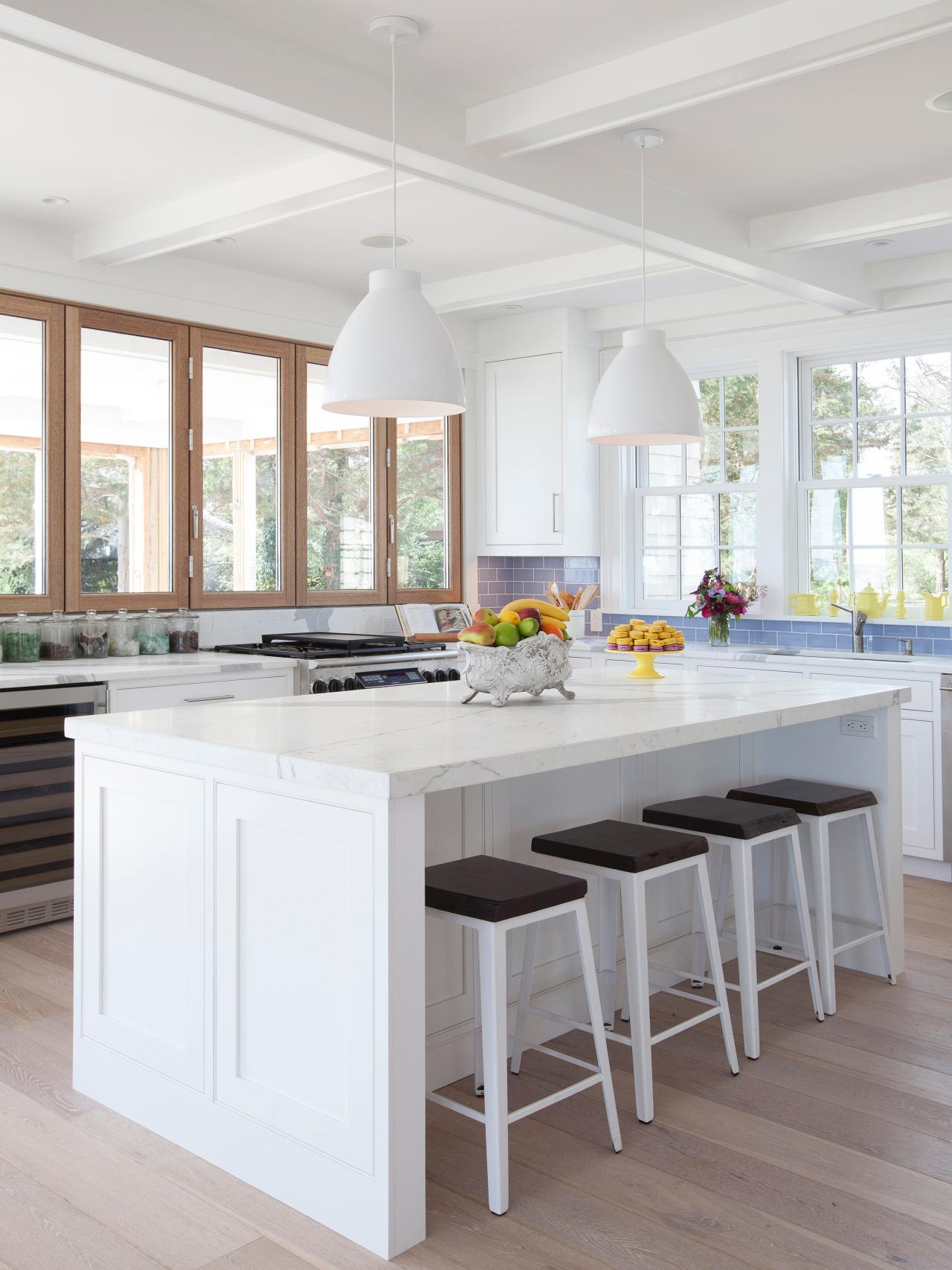 33 Beautiful White Kitchen Windows