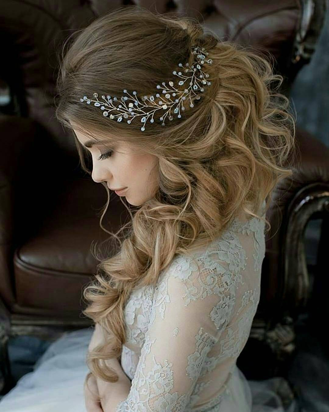 Beautiful Wedding updos for 2018 36